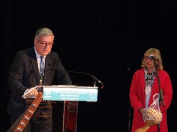 3 Le Président Teissère et l'adjointe au Maire de Bois-Guillaume
