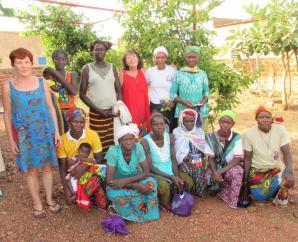 Le premier groupe de femmes