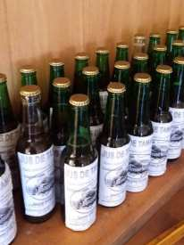 Les bouteilles sont prêtes