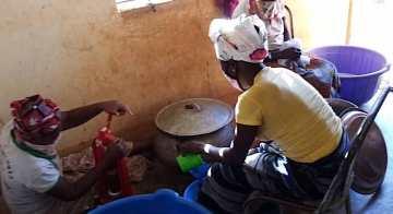 Préparation du jus de Tamarin (sans alcool !)